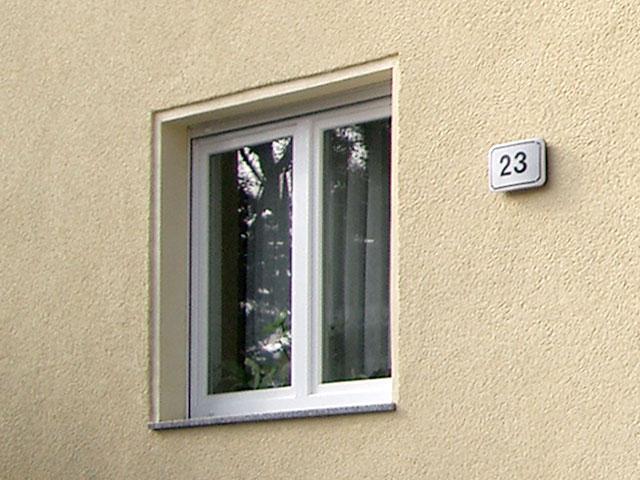 fassadenputz an einem wohnhaus erneuern bauunternehmen ralf diewell berlin mahlsdorf. Black Bedroom Furniture Sets. Home Design Ideas