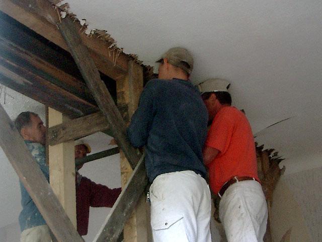 unterzug wohnzimmer:Unterzug wohnzimmer : Positonieren des Stahlträgers von aussen